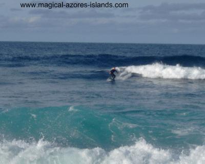 praia de santa barbara azores surfing